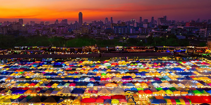 Train Night Market Ratchada, Bangkok